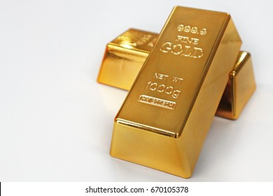 Gold bar with white background