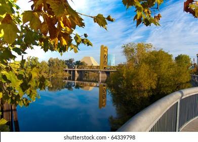 Gold Bridge framed by autumn leaves