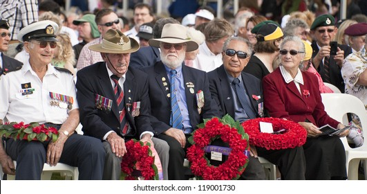 GOLD COAST, AUSTRALIA - APRIL 25 :Memorial service with  War Veterans Remembers  Anzac Day on March April 25, 2011 in Gold Cost , Australia.