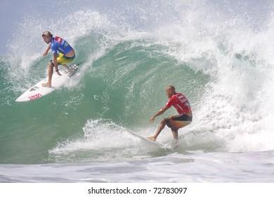 Imágenes, fotos de stock y vectores sobre Three Surfers