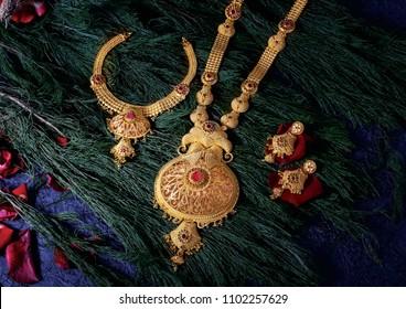 Gold Designer Jewellery