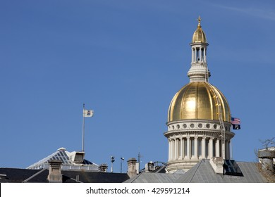 Gold dome of the New Jersey State Capitol Building in Trenton on a beautiful spring day.