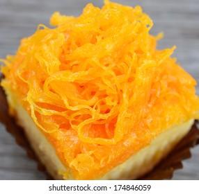 gold egg yolks thread or foi thong