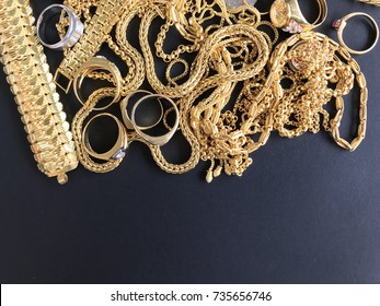 Gold jewelry with space for writing
