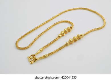 gold necklace with heart Sort