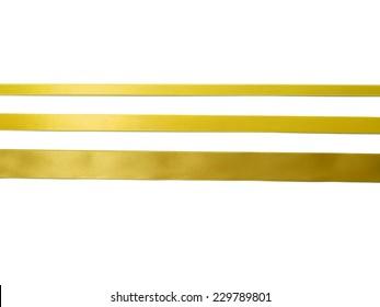 goldener Bonbon einzeln auf weißem Hintergrund