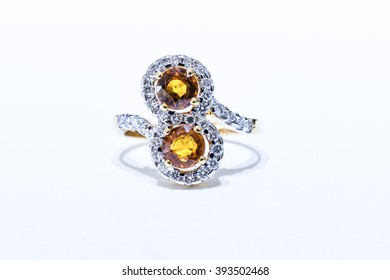 Gold ring with Yellow Sapphire and diamonds