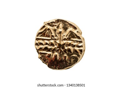 Gold Stater coin of Catuvellauni BC45-20 replica obverse side showing a decaying wreath cut out and isolated on a white background
