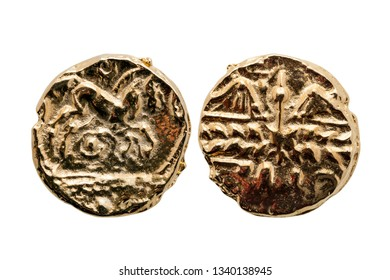 Gold Stater coin of Catuvellauni BC45-20 replica with a horse on the reverse and a decayed wreath on the obverse cut out and isolated on a white background