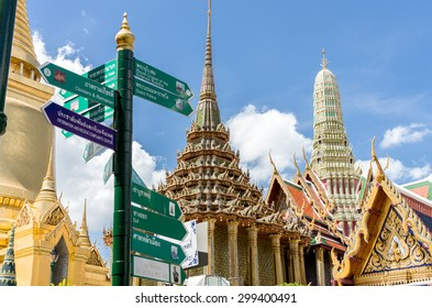 Golden architecture at Temple of Emerald Buddha in Grand Royal Palace