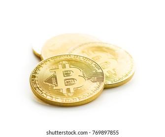 Piața Monedelor Virtuale: Bitcoin se apropie de nivelul psihologic de 10000 de dolari