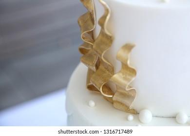 Golden Cake Accent Under Sea Theme