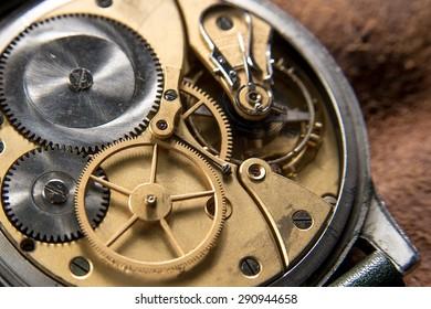 Golden Clockwork details, pinions and wheels closeup