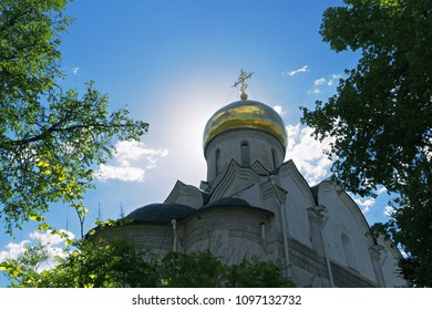 Golden cupola of Nativity cathedral in Savvino-Storozhevski monastery, located in Zvenigorod, an old town in Moscow region, Russia