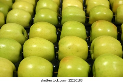 Golden Delicious Apples on tray