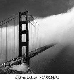 Golden Gate Bridge San Fransisco Black and White Moody Fog