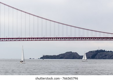 Golden Gate Bridge. SF Bay.