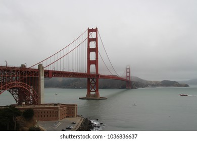 The Golden Gate Bridge is a suspension bridge spanning the Golden Gate, the one-mile-wide (1.6 km) strait connecting San Francisco Bay and the Pacific Ocean. San Francisco, America.