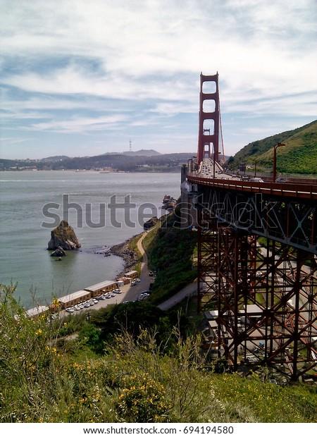 Golden Gate Bridge view from Vista Point
