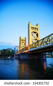 Golden Gates drawbridge in Sacramento at sunset