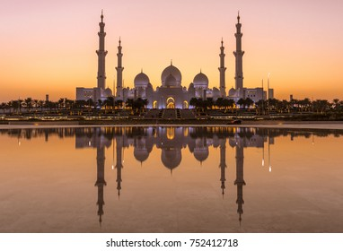 Golden Hour at the Grand Mosque