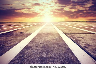 golden hour time and free place on runway