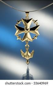 Golden Huguenot cross pendant