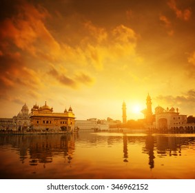 Golden sunset at Golden Temple in Amritsar, Punjab, India.