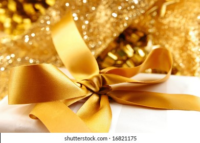 golden theme for any special event