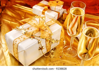 golden theme with gifts for special nights