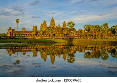 Gole temple of Angkor wat