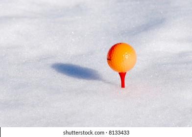 golf ball in a golf snow game