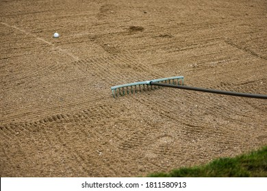 Golf course bunker obstacle view
