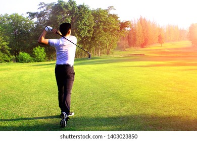 Golf players perform golf competition By starting to hit with a beautiful swing In the field competition in Asia