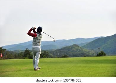 Golf swing of a Korean golfer