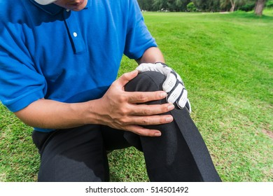 Golfer knee pain during a game, muscle injury concept.