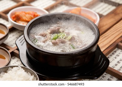 gomtang, ?????, dakgomtang, chiken, boiled chicken soup, beef, meat, caw, beef-bone soup,  Ox-tail Soup, tang, soup, stew