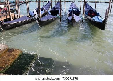 Gondola - Venetian boat