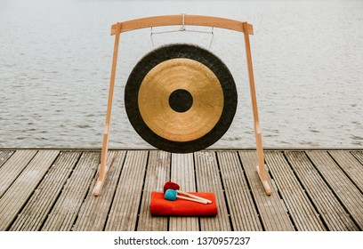 Gong, gong meditation, meditation on the lake