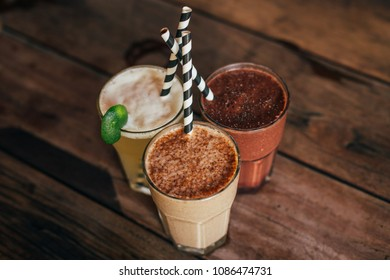 Good looked and tasty smoothies.  Chocolate smoothies and juice and ice coffee. Tropical vibes and summer mood. Healthy food