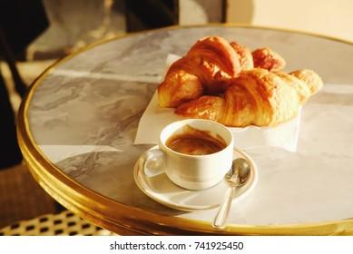 Good morning in Paris