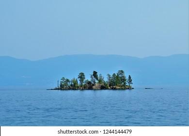 Goose Island, Flathead Lake, Montana, USA