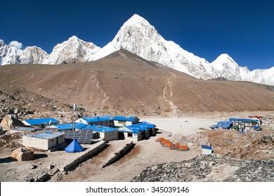 Gorak Shep village, mount Pumo Ri and Kala Patthar, way to Kala Patthar and Mount Everest base camp, Sagarmatha national park, Khumbu valley, Nepal