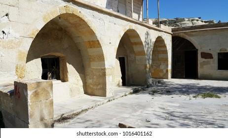 goreme village, bronze age homes, lifestyle in eastern turkey, kapadokya, cappadocia