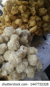 Gorengan: Fried food is one type of popular snack in Indonesia, tempeh, tofu, banana
