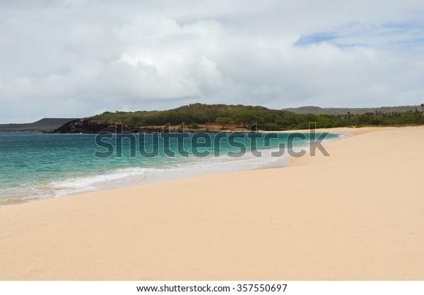 Gorgeous and deserted Popohaku Beach on Molokai, Hawaii, USA