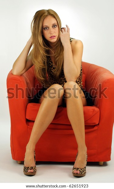 girls with beautiful legs