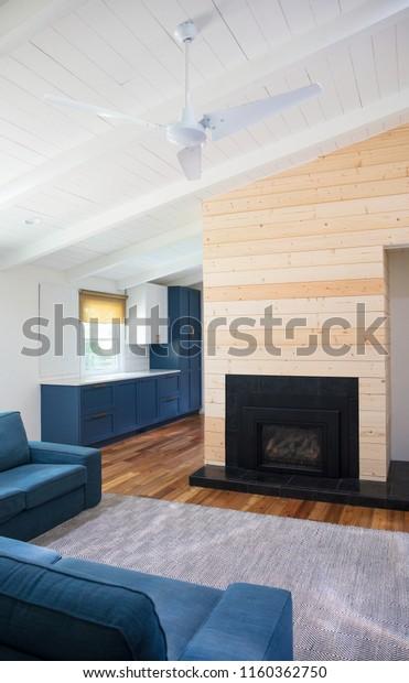 Gorgeous Mid Century Modern Living Room Stock Photo (Edit ...