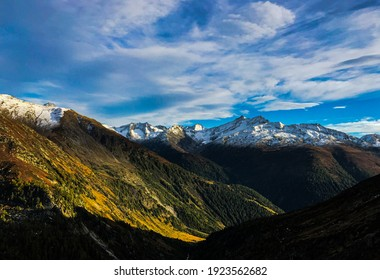 Gorgeous mountain views in the Grimselpass area — a mountain pass in the Bernese Alps, on the border of the Swiss cantons of Bern and Valais