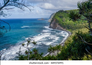 Gorgeous view overlooking Pololu Valley Beach on a windy day, Big Island, Hawaii, USA.